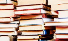 書籍や紙は何故劣化するの?劣化の要因と対策方法のご紹介