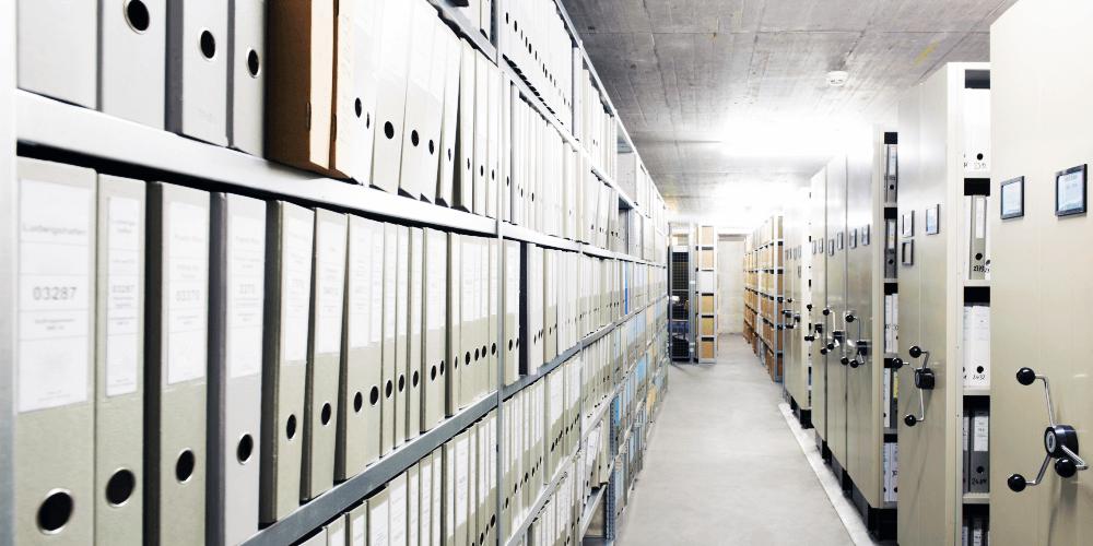 貴重資料を保存する方法