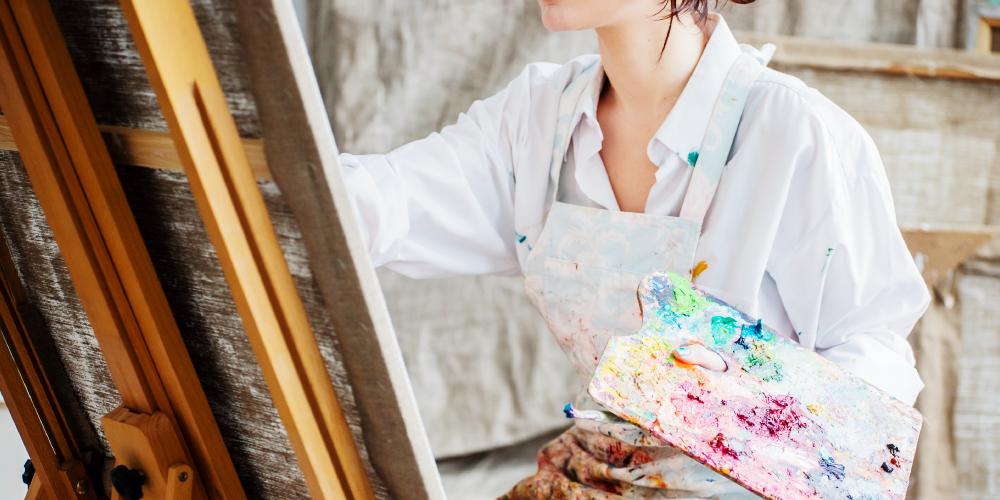 絵画(油絵)の保管方法は?家で出来る方法からデータ化まで解説!