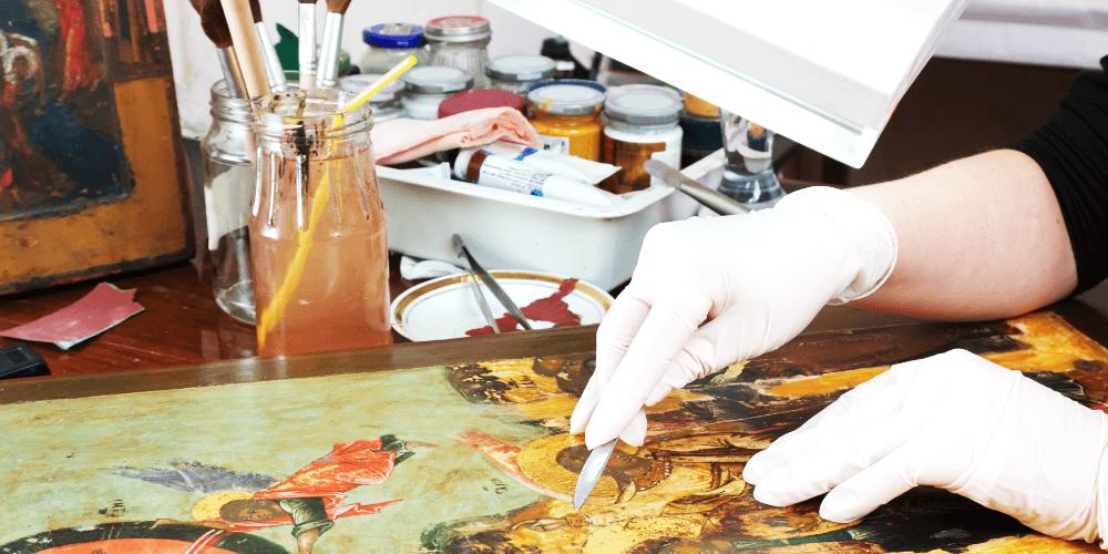 絵画作品の修復の歴史・技法 ルネサンス期から機械学習まで解説!